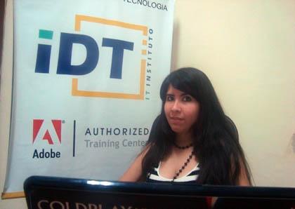 """Nathalia Cristaldo, """"El community Manager representa la marca"""""""